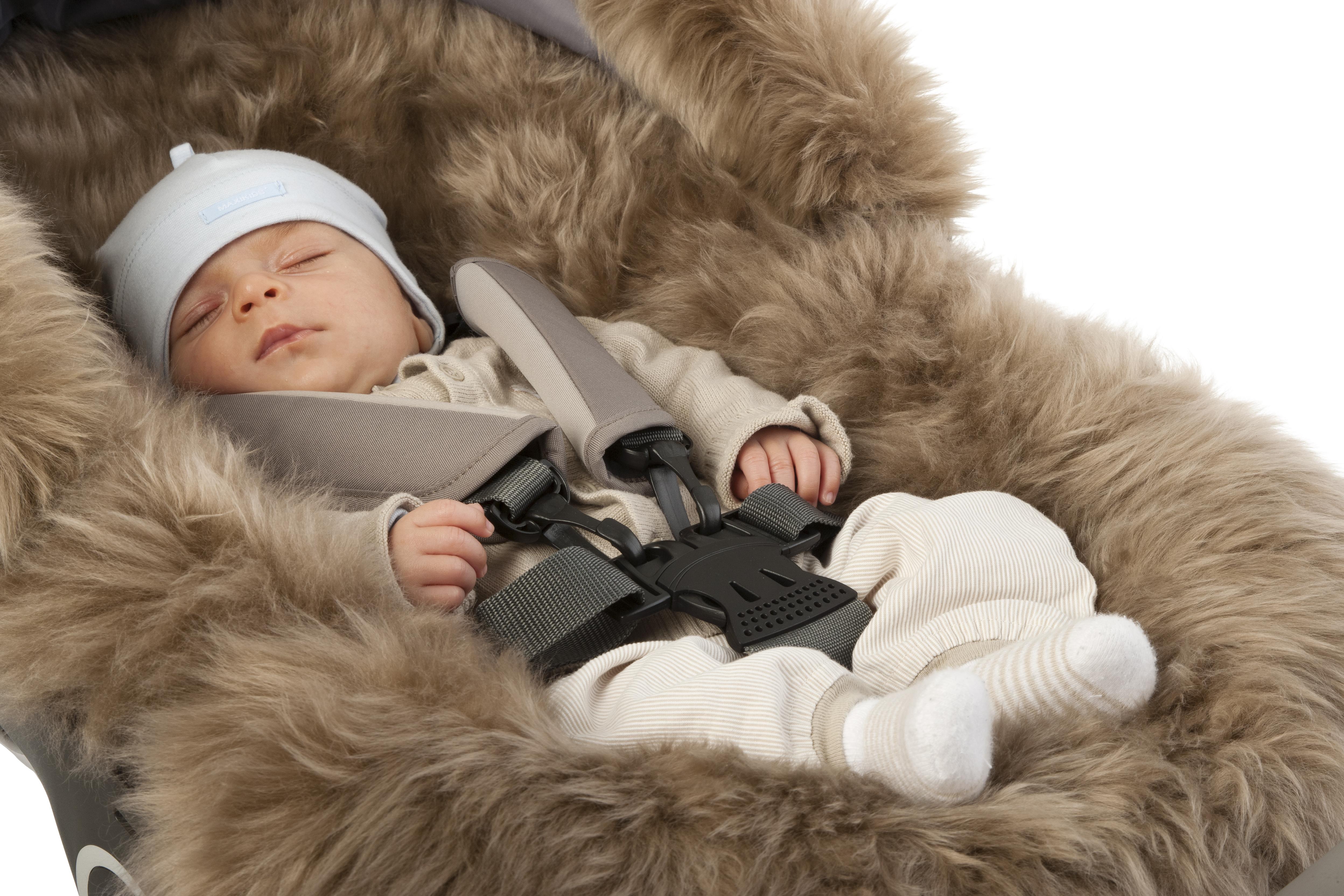 Il kit invernale che protegge dal freddo più pungente i nostri bimbi