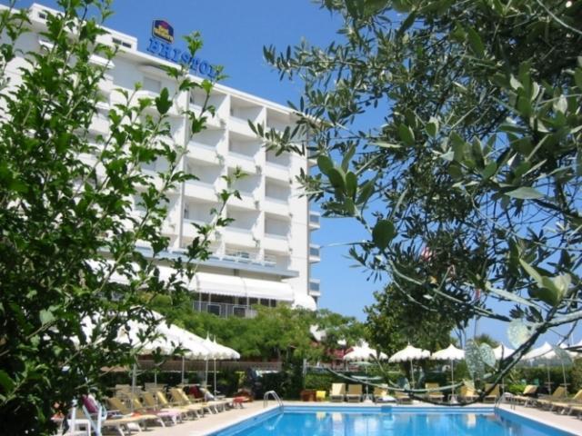 foto-hotel-4-stelle-a-chioggia-sottomarina-lido