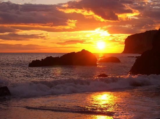 il-tramonto-sulla-spiaggia