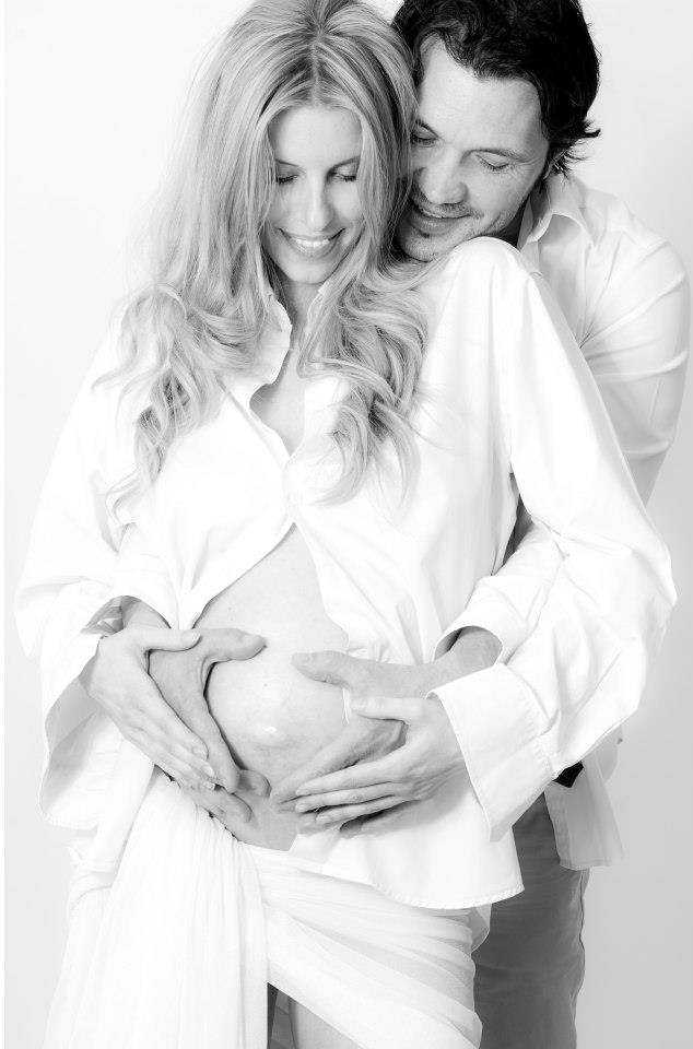 Tutto pronto, nostro figlio sta per nascere…/ Everything is ready, our son is being born …